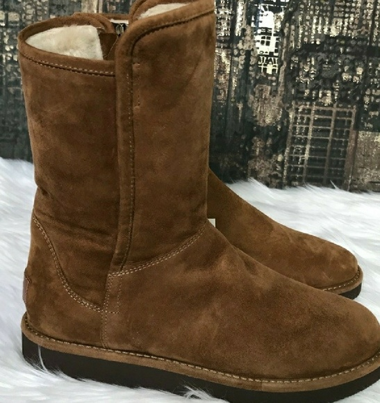 cf411e264a4 UGG Abree Short Chestnut NWOT